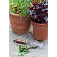 Burgon and Ball Patio Weeding Knife - National Trust