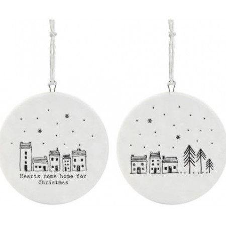 EAST OF INDIA `HEARTS COME HOME FOR CHRISTMAS`FLAT PORCELAIN BAUBLE