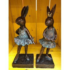 LONDON ORNAMENTS POLYRESIN BALLERINA RABBITS