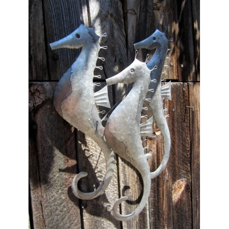 SHOELESS JOE TRIO OF SEAHORSES WALL ART